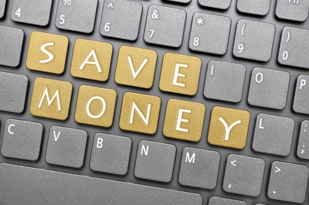 Bolden risparmiare denaro chiave sulla tastiera Archivio Fotografico - 20272037