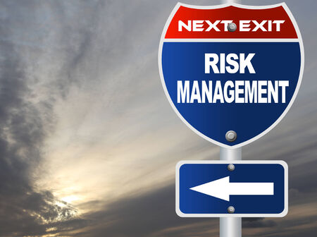Risk management road sign  免版税图像