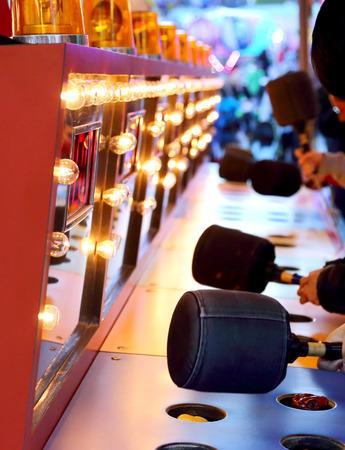 Een whacking spel bij carnaval