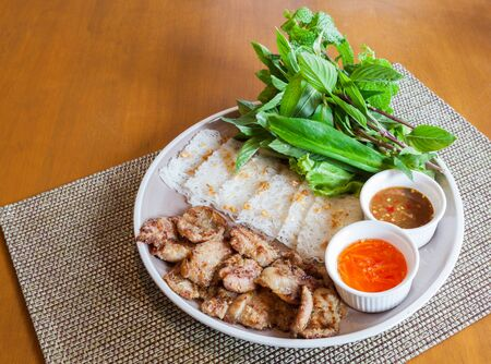 Vietnamese Roasted Pork with Vermicelli in Vietnamese: Banh Hoi Thit Quay