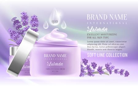 Ausgezeichnete Kosmetik-Anzeigen, Gesichtscreme und Handcreme. Für Ankündigung Verkauf oder Förderung neue Produkt. Realistische Riesflaschen auf weichem Hintergrund mit Lavendelblüten. Vektor-Illustration. Standard-Bild - 81692243