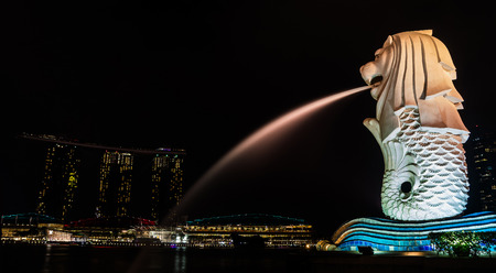 Singapore - April 22, 2015 : The iconic Merlion of Singapore at night.