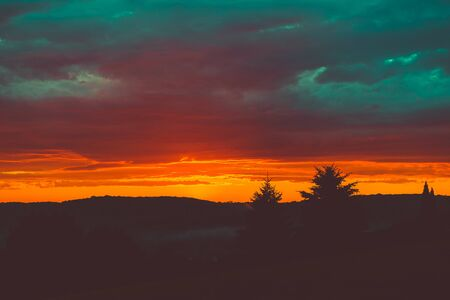 soft peak: This is an image of a beautiful sunset captured in upstate New York.