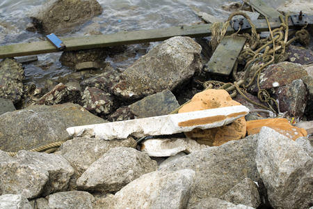 wastrel: Equipment for fishing vessels that become garbage dumped in the sea