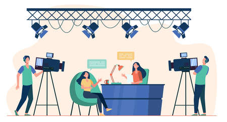 Videographers shooting interview in TV studio. News host talking to TV show guest. Flat vector illustration for camera crew, broadcasting, television concept Vettoriali