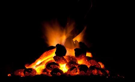 kohle: Feuer und Kohle