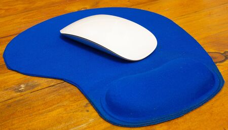 this is a mouse and mouse pad photo