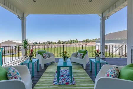 Entertain and talk on this deck with an amazing view