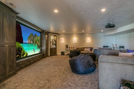 Large movie theater room with space for family and friends Foto de archivo