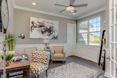 Spacious office and study area that can be converted to another bedroom