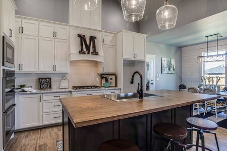 Spacious and open newly built kitchen Imagens