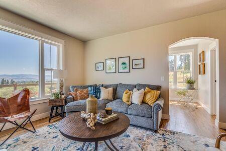 Cozy living room in modern farmhouse Archivio Fotografico