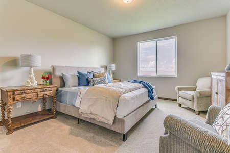 Excellent comfort in this newly furnished bedroom Imagens