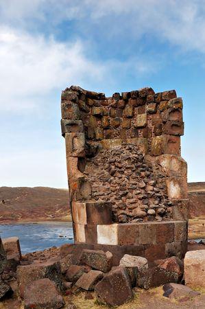Sillustani tours fun�raires en dehors de Puno, P�rou Banque d'images
