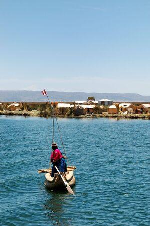 Uros local � partir d'une �le sur le lac Titicaca Banque d'images