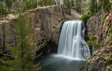 Rainbow Falls Near Yosemite Stock fotó