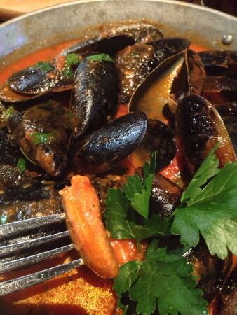 Mussels on pan