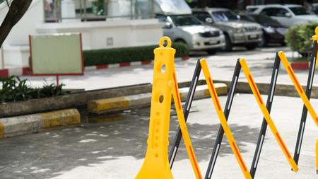 No Parking barrier in building area Standard-Bild
