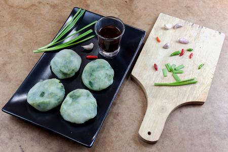 odorum: Allium tuberosum. Garlic chives with soy source. Dim sum is chinese cuisine.
