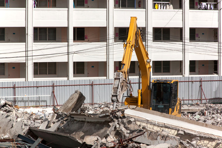 dismantle: Air extraction system Hydraulic hammer on demolition of old buildings