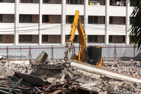 magnetic stones: Air extraction system Hydraulic hammer on demolition of old buildings