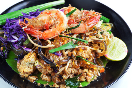 carbohydrate: Stir fried Seaweed glass line with Shrimp (Pad Thai) Food Low Carbohydrate for to lose weight