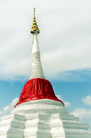 slant: Slant pagoda at ko kret island, nonthaburi. The tourist attraction in Thailand