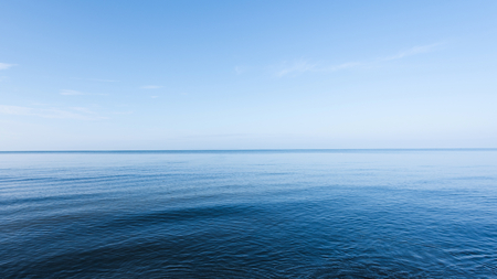 La mer bleue Banque d'images - 34427091