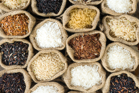 raw food: Top view Thais rice collection in burlap bag