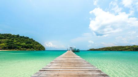 kood: Wooden bridge at the tropical beach : Lacated Koh Kood Island , Thailand