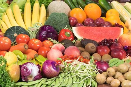 mixed vegetables: Fresh fruits ad vegetables for healthy