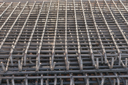 straining: Straining steel for foundation construction concrete