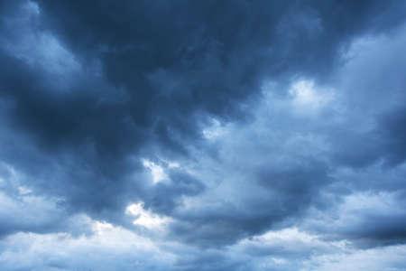 dark: Dark cloud