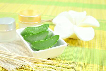 scincare: Aloe vera  use in spa for scincare and cosmetic