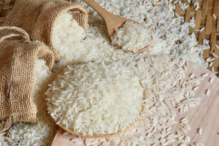 Jasmine rice or Basmatic rice with burlap bag