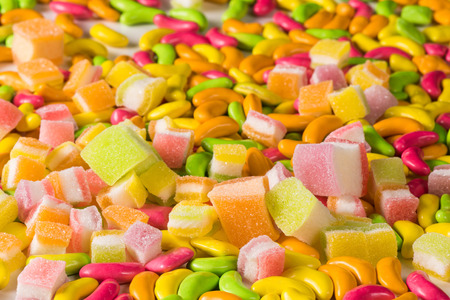 Various colorful sugary candy Banque d'images - 106164981