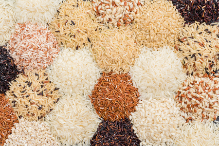 Different rice background, Multicolor rice background Banque d'images - 106164995