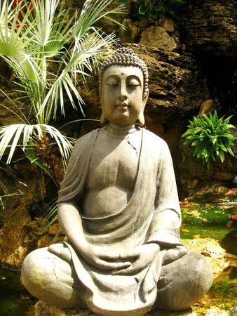 buddhismus: Sitting Buddha Stock Photo