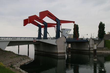 diffene bridge