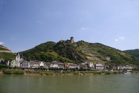 rhione with gutenfels castle