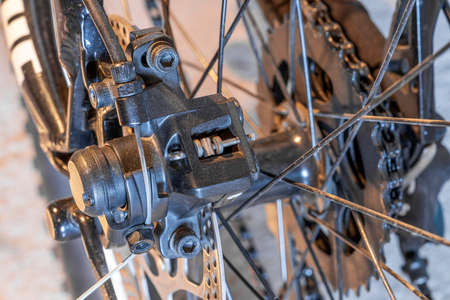 Close up disc brakes on bicycles with cable Standard-Bild