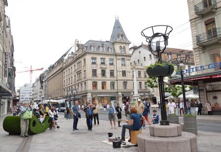 poner atencion: audiencias presten atenci�n m�sico en Ginebra