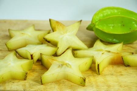 defecate: stella mela sul taglio di blocco
