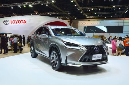 Motor show 2015 BANGKOK, THAILAND- March 26, 2015 Lexus at Impact Challenger Muengthong Thanee Éditoriale