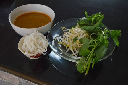 digest: rice noodle with fish curry