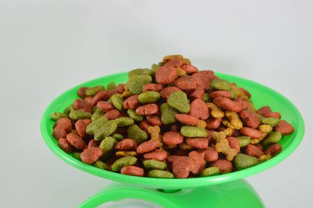 weighting: dog food on weighting scale