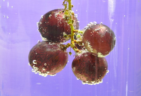 red grape: red grape in soda