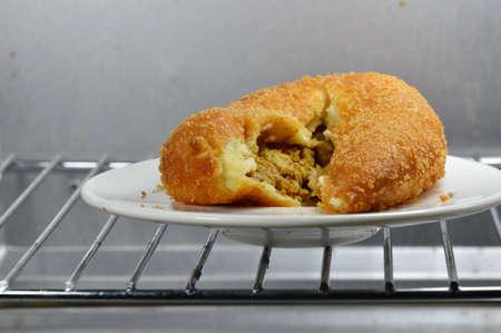 chicken curry: Brotf�llung Chicken Curry in Elektroofen