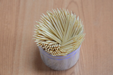toothpick: toothpick in box packaging