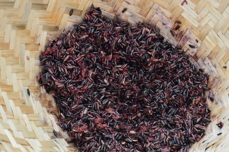 earthenware: black sticky rice in bamboo earthenware steamer